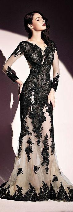 К выбору вечернего платья большинство девушек и женщин подходят с особым трепетом, ведь этот неординарный, совсем не обыденный предмет гардероба кардинально преображает любую из нас..Вечерние платья фото которых можно без проблем найти во всей сети,...