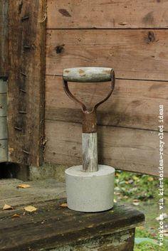 DIY concrete doorstop/ovistoppari sementistä