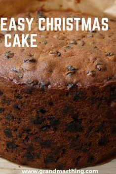 A delicious fruit cake recipe - Hello Cuppies Moist Fruit Cake Recipe, Easy Cake Recipes, Fruit Cake Recipes, Xmas Recipes, Desserts, Easy Christmas Cake Recipe, Christmas Cakes, Christmas Fruitcake, Cheesecake Vanille