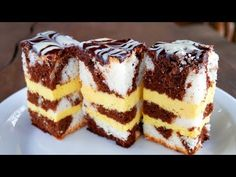 Russian Pastries, Sour Cream Sauce, Cheese Dessert, Medvedeva, Appetizer Plates, Russian Recipes, Seafood Dishes, Cream Recipes, Tasty Dishes