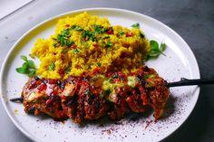 Welcome to Shamshiri cafe: Shish Taouk, Lebanese chicken kebab Shish Tawook, Shish Kebab, Kebabs, Lebanese Chicken, Tandoori Chicken, Chicken Skewers, Chicken Kebab, Tandoori Recipes, Cooking Recipes