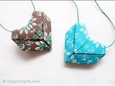 Tutorial Origami Heart -Corazón. Video instructions. Origami heart for necklace or hidden love letter.