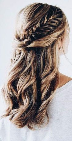 wedding hair dos wedding hair updos hair with flowers hair and make up near me hair curls hair styles for medium hair hair jewellery for wedding hair Fishtail Braid Hairstyles, Easy Hairstyles, Hairstyle Ideas, Fishtail Braid Wedding, Gorgeous Hairstyles, Teenage Hairstyles, Hairstyles 2018, Long Braided Hairstyles, Modern Hairstyles