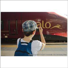 Quando in #adriatica passava #italo #ntv #treno #ferrovia #railway #train #rimini #myrimini #raccontarimini  #romagna  #photographer @thestrawberryfield #mytown #instamood #instarimini #instaromagna #igers #igersfc #igersemiliaromagna #ig_forli_cesena #ig_emiliaromagna #vivoemiliaromagna #vivocesena #vivorimini #ig_rimini_ #fotografoitaliano #ig_emilia_romagna @fra.cecca