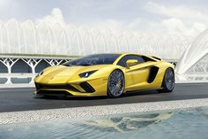 Lambo gegen Tesla im Sprint-Duell: Familienkutsche macht Sportwagen nass
