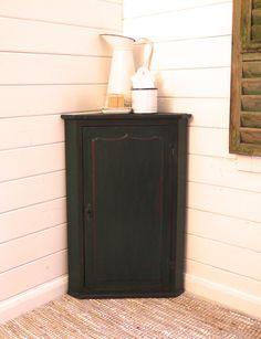 VICTORIAN CORNER CUPBOARD www.lovinglymadeltd.co.uk