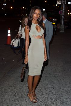 Jasmine Tookes.. Nookie dress..
