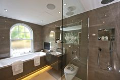 Murano House - Products include Artelinea furniture, Hansgrohe brassware and C.P. Hart exclusive showers and baths.