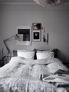 96 small master bedroom decor ideas for sweet and romantic couples 82 – SeanSc… - All About Decoration Modern Grey Bedroom, Modern Minimalist Bedroom, Rustic Master Bedroom, Monochrome Bedroom, Neutral Bedrooms, Budget Bedroom, Home Bedroom, Bedroom Decor, Bedroom Ideas
