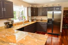 3292 Green Ash Road Davidsonville, MD 21035 Look at all that counter space in the kitchen!