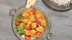 Have you an interest in indian cooking curry? Then you have arrived at the right place! Indian Chicken Recipes, Indian Food Recipes, Ethnic Recipes, Cooking Curry, Slow Cooking, Fried Fish Recipes, Food Festival, How To Cook Chicken, Slow Cooker Recipes