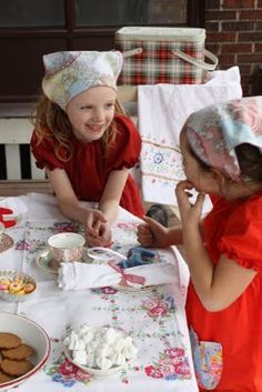 blog for a pippi porch party - have to read later to see what will work for our party!!!