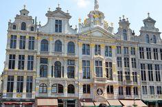 Grand-place de Bruxelles Passionate People, Louvre, Europe, Building, Abcs, Travel, Belgium, Viajes, Buildings