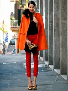 Why not consider wearing an orange coat and red skinny jeans? As well as very practical, these pieces look fabulous paired together. The whole look comes together if you complete this ensemble with tan leopard leather pumps. Passion For Fashion, Love Fashion, Womens Fashion, Fashion Shoes, Girl Fashion, Outfit Pantalon Rojo, Looks Street Style, Winter Stil, Mode Inspiration