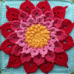 Want to learn how to crochet a flower using the crocodile stitch? If you're not saying yes now, just wait until you see the Crochet Crocodile Stitch Flower Square. Crochet Afghans, Crochet Motifs, Crochet Flower Patterns, Afghan Crochet Patterns, Crochet Flowers, Crochet Doilies, Granny Square Crochet Pattern, Crochet Blocks, Crochet Squares