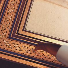 "418 Beğenme, 2 Yorum - Instagram'da Ayşe Sayın (@sayin.ayse): ""#zencerek #tezhip #islamicart"" Islamic Art Pattern, Pattern Art, Surface Art, Illumination Art, Geometric Drawing, Arabic Art, Islamic Art Calligraphy, Zen Art, Illuminated Manuscript"