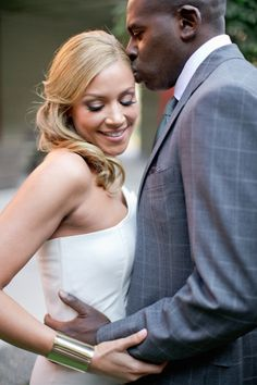 Chic and modern surprise wedding: http://www.stylemepretty.com/2014/06/20/chic-and-modern-surprise-wedding/ | Photography: http://harwellphotography.com/