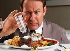 Thói quen ăn mặn sẽ ảnh hưởng không tốt đến sức khỏe của con người. Bạn sẽ mắc các bệnh về tim mạch và một số căn bệnh nguy hiểm khác. Cùng Blog Thuốc Việt tìm hiểu ăn mặc có tác hại gì với sức khỏe của bạn qua bài viết sau đây nhé! 1. […] Bài viết Ăn mặn có tác hại gì với sức khỏe của bạn ? đã xuất hiện đầu tiên vào ngày Blog Thuốc Việt. First Health, Lunges, Waffles, Vegetables, Breakfast, Food, Google, Gastronomia, Healthy Nutrition