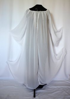 Shift, kirtle, chemise, nightgown in white chiffon, also Medieval, LARP, Galadriel, angel, ghost, white witch, ice queen Halloween costumes