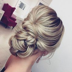 Elstile Long Wedding Hairstyle Inspiration ?? http://www.deerpearlflowers.com/elstile-long-wedding-hairstyle-inspiration/