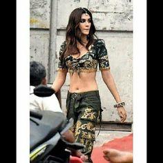 Bollywood Actress Hot Photos, Indian Bollywood Actress, Beautiful Bollywood Actress, Most Beautiful Indian Actress, Bollywood Bikini, Bollywood Girls, Bollywood Fashion, Indian Celebrities, Bollywood Celebrities