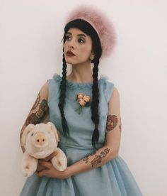 Image uploaded by matpat. Find images and videos about melanie martinez, cry baby and crybaby on We Heart It - the app to get lost in what you love. Melanie Martinez Style, Melanie Martinez Outfits, Melody Martinez, Cry Baby, Jesse Rutherford, Idole, Crazy People, Arctic Monkeys, Crying