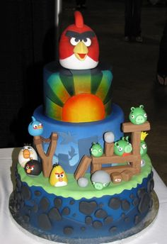 Angry Birds cake!! I wish I could find someone to make this for Luke's bday