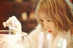 Is Taeyeon& all kill indicative of SM& reign over the charts for the next year? The song& because it& Taeyeon. There& no need to worry about the rest. No reason to worry. Snsd, Sooyoung, Yoona, Kpop Girl Groups, Korean Girl Groups, Kpop Girls, Girls' Generation Taeyeon, Girls Generation, Taeyeon Rain