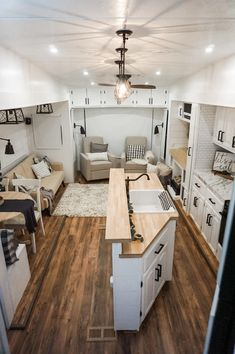Modern Tiny House, Tiny House Living, Tiny House Design, Home And Living, Diy Camper, Rv Campers, Teardrop Campers, Teardrop Trailer, Camper Life