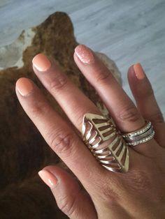 Nails gypsy style
