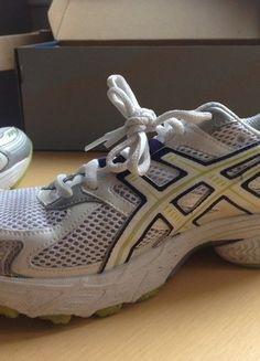 À vendre sur #vintedfrance ! http://www.vinted.fr/chaussures-femmes/baskets/29003730-chaussures-running-femme-asics