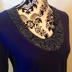 ✨HP-11/13 Best in tops✨Beaded neck long sleeve top Dark blue tunic style long sleeve lightweight knit top with intricate bead embellished neckline. 60% cotton, 40% Modal. Machine washable and dryable. No beads missing, this gorgeous top is in Excellent condition. Merona Tops Tees - Long Sleeve