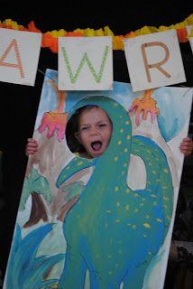 Holiday Snob: Dinosaur Birthday Party - RAWR! Part 1