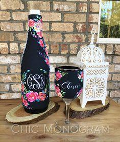 Bridal Party Gift Wine Set Elegant Fl Monogrammed Bottle Gl Insulator Hugger