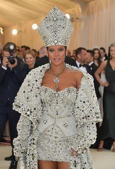 27b2064c87 Rihanna Dresses Like Pope at 2018 Met Gala Red Carpet - HelloGiggles  Costume Institute, Rihanna