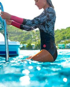 Bombshell series - Made for surfing, designed with style. The G Bomb Madison spring suit has high end E4 superstretch neoprene with E-stitch high stretch seams for amazing comfort and performance