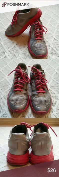 Nike Lunar Victory Training Shoes Nike Lunar Victory Training Shoes. Preloved, scuffs around the soles. Nike Shoes Athletic Shoes