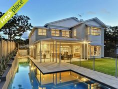 traditional Queensland architecture with crisp, elegant Hamptons style, ready to dive in Hamptons Style Homes, Hamptons House, The Hamptons, Hamptons Kitchen, House Deck, Facade House, House Exteriors, Queenslander, Weatherboard House