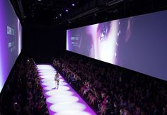 Motion Graphics / Video Concept / Video Design Beauty Trends, Motion Graphics, Maybelline, Flora, Scene, Concept, Hot, Pretty, Inspiration