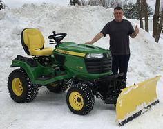 John Deere Garden Tractors, Lawn Tractors, John Deere Equipment, Heavy Equipment, Boy Toys, Toys For Boys, Tractor Snow Plow, Types Of Lawn, Utility Tractor
