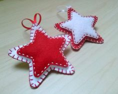 Felt christmas ornaments - set of 2 star ornaments white and red