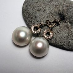 South Sea pearls set with diamonds in W/G Pearl Jewelry, Pearl Earrings, Pearl Set, South Sea Pearls, South Seas, Ear Studs, Diamond Studs, Jewelry Collection, Gems