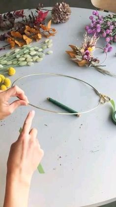 Diy Crafts For Home Decor, Diy Crafts Hacks, Diy Crafts For Gifts, Diy Arts And Crafts, Diy Wall Decor, Creative Crafts, Fun Crafts, Diy Projects, Handmade Crafts