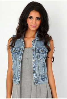 Be a badass with a good ass with the baddest denim collection from Missguided. Denim shirts, dresses and skirts with free returns Office Fashion Women, Black Women Fashion, College Fashion, Womens Fashion For Work, Women's Fashion, Sleeveless Denim Jackets, Denim Vests, Jacket Images, Summer Jeans