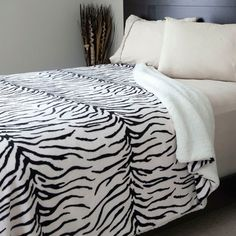 Lavish Home Zebra Blanket
