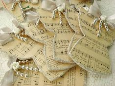 Christmas Ornaments made from Sheet Music (@ Artistic Creations by Natasha Burns) Music Ornaments, Paper Christmas Ornaments, Angel Ornaments, Christmas Music, Christmas Angels, Christmas Tree Decorations, Christmas Holidays, Christmas Projects, Holiday Crafts
