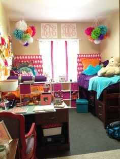 """Someone else said: """"My college dorm room at Clemson!"""" Me: I want to make those poofy things that are hanging!"""
