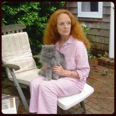 Grace Coddington and Bart Grace Coddington, Vogue Uk, Celebrities With Cats, Celebs, Cat Safe Plants, Herding Cats, How To Be Graceful, Cat People, Shark Week
