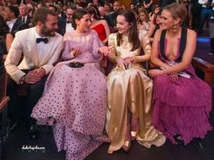 Inside with her friend Emily, Jamie Dornan and Jamie's wife Amelia Warner At the Oscars 2017