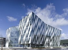 Danish architects 3XN just sent us their latest finished project, a building for an online bank. This building was finished 4 years after winning an